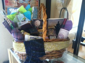2014-yarn-yoga-basket